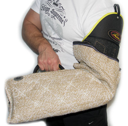 best training your puppy with jute puppy sleeve